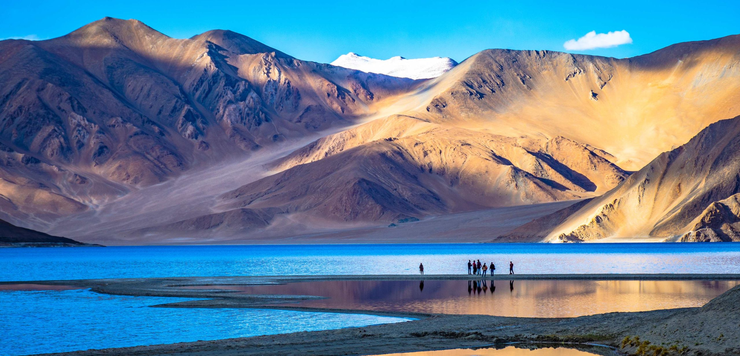 Chandigarh to Leh taxi service